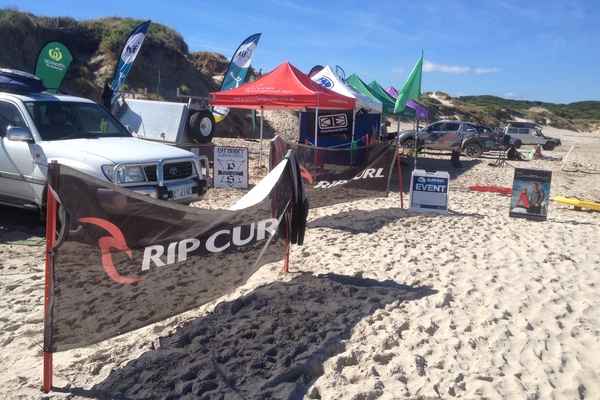 2018 WOOLWORTHS TAS JUNIOR SURFING TITLES RD 4. Rip Curl East Coast Junior and Open Longboard Classic. Presented by HIF.