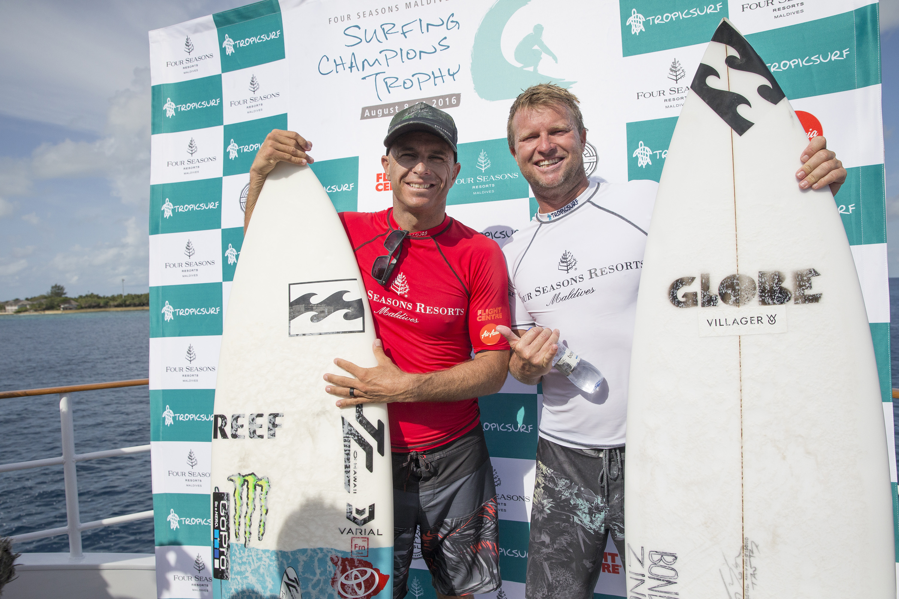 ee3889a584b742 Taj Burrow has claimed victory at the 2016 Four Seasons Maldives Surfing  Champions Trophy   Sean Scott