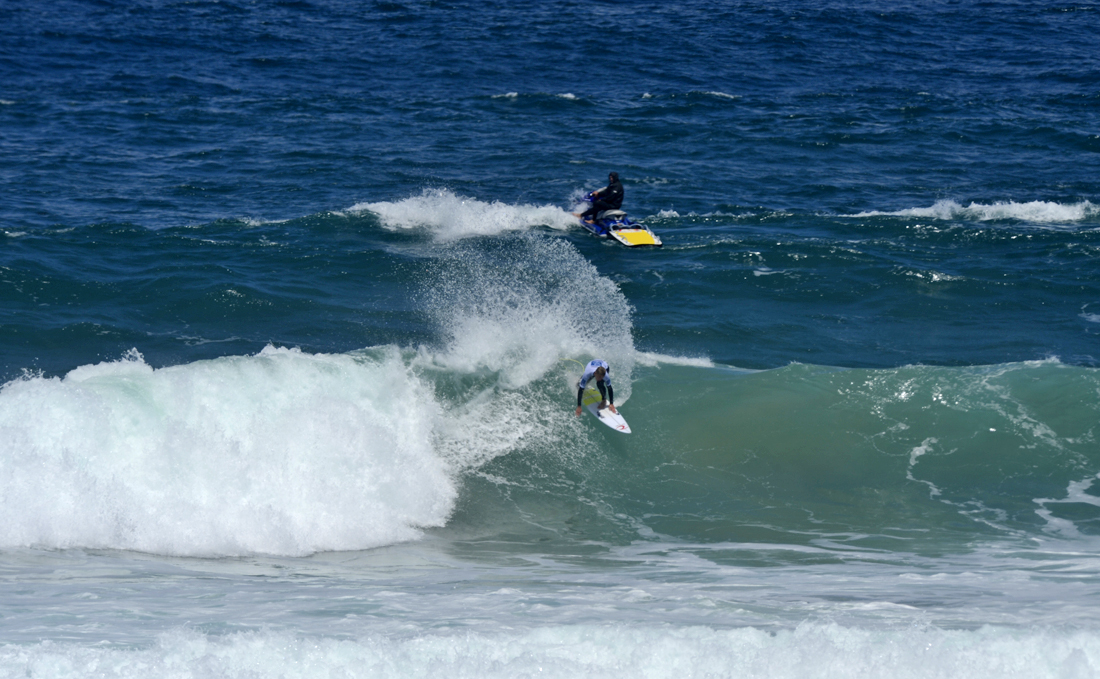 Solid conditions greet competitors on day one of surf dive n ski solid conditions greet competitors on day one of surf dive n ski australian junior surfing titles on phillip island m4hsunfo
