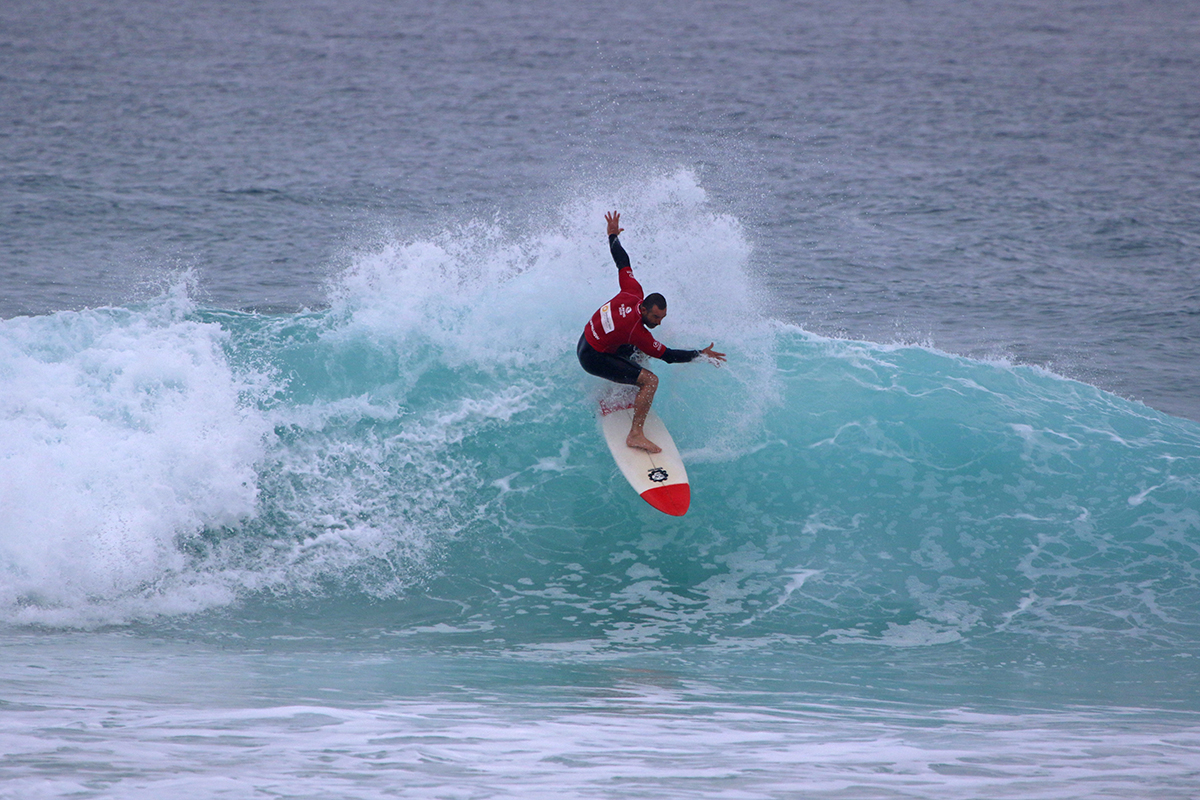 Gavin Linow Surfmasters D3 Smith9086
