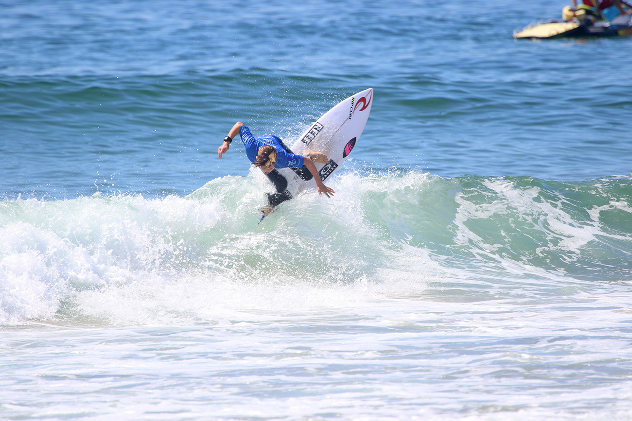 902876b506 UNDER-14 SEMI-FINALISTS DECIDED ON DAY FIVE OF THE SURF DIVE N SKI  AUSTRALIAN JUNIOR SURFING TITLES.