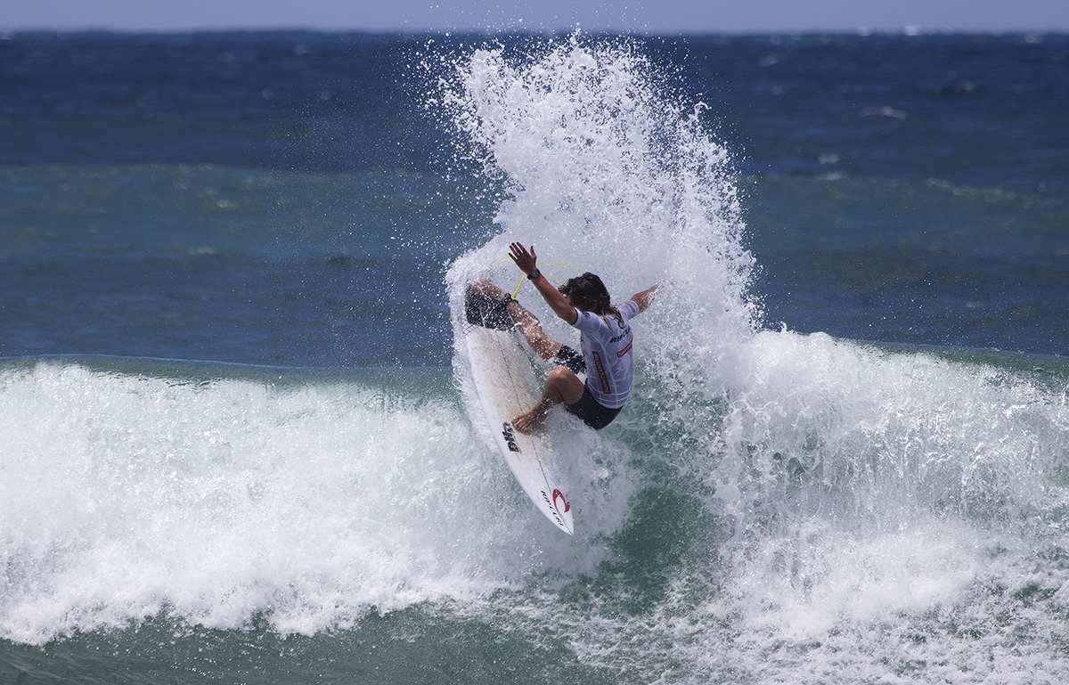 Tricky conditions greet competitors on day one of rip curl tricky conditions greet competitors on day one of rip curl gromsearch national final presented by flight centre m4hsunfo