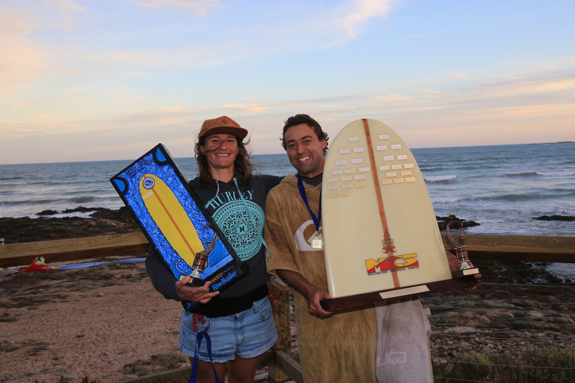 Open Longboard Winners Catherine Seal Yates And Robin Ponzoni