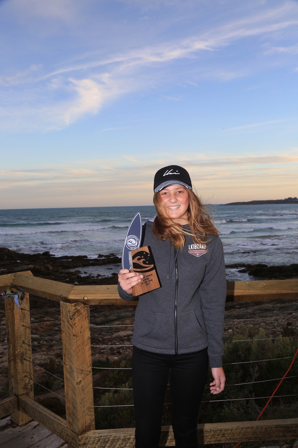 Junior Female Surfer Of The Year Dimity Payne