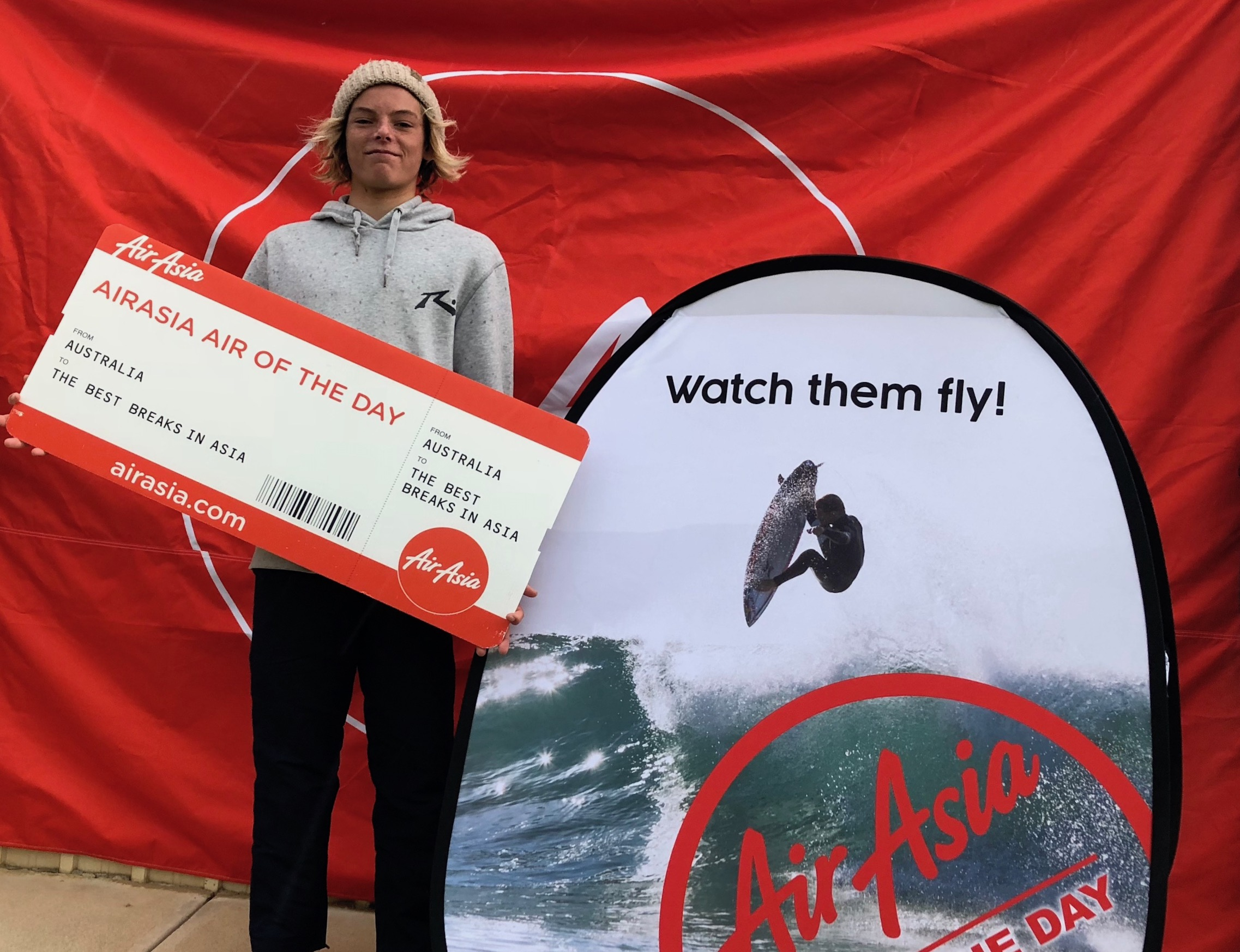 Digb Tooze Air of the Day and AirAsia Expressions Session Winner