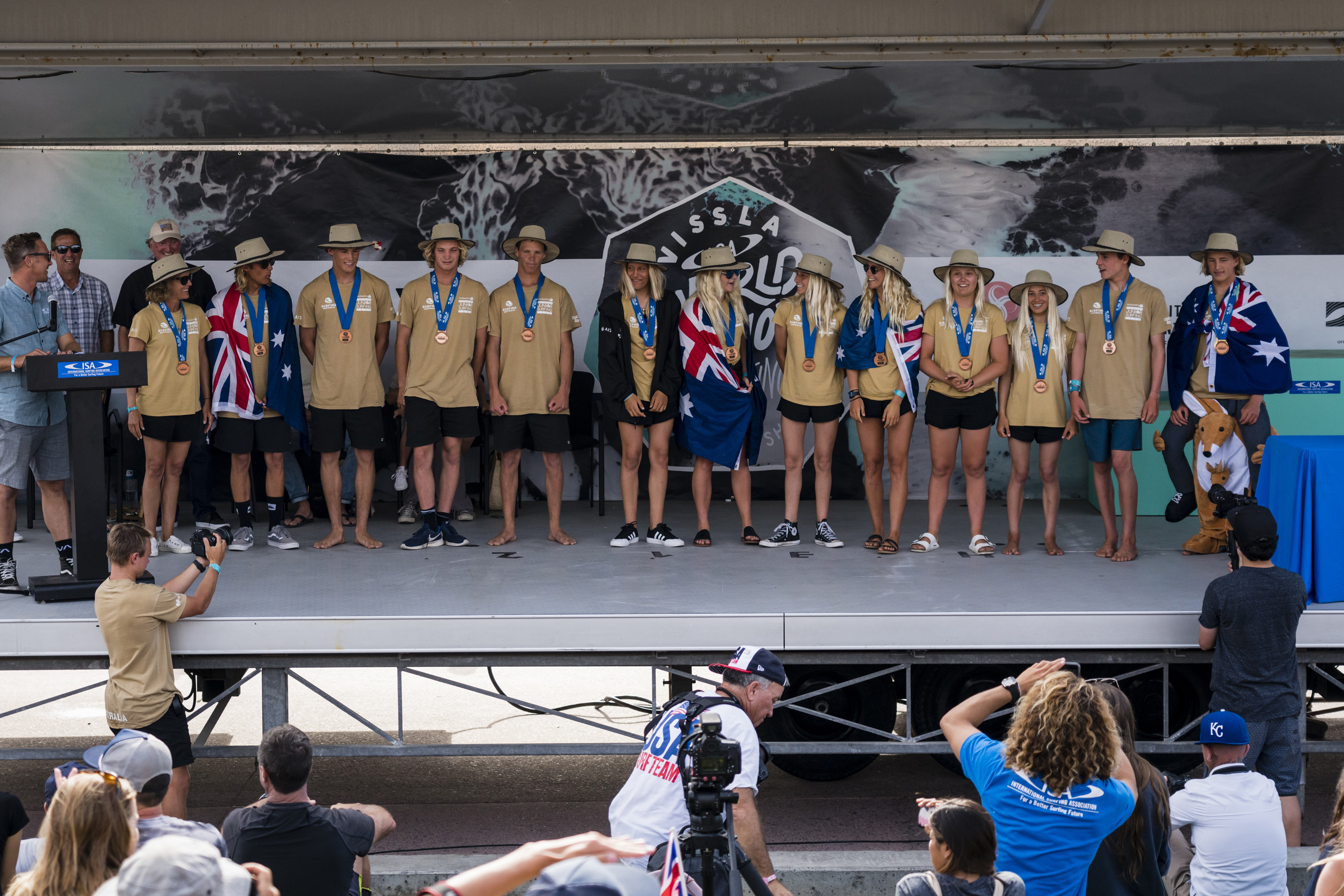 Bronze Medal for Team Australia at the ISA World Junior Surfing Championships. ISA/Reed